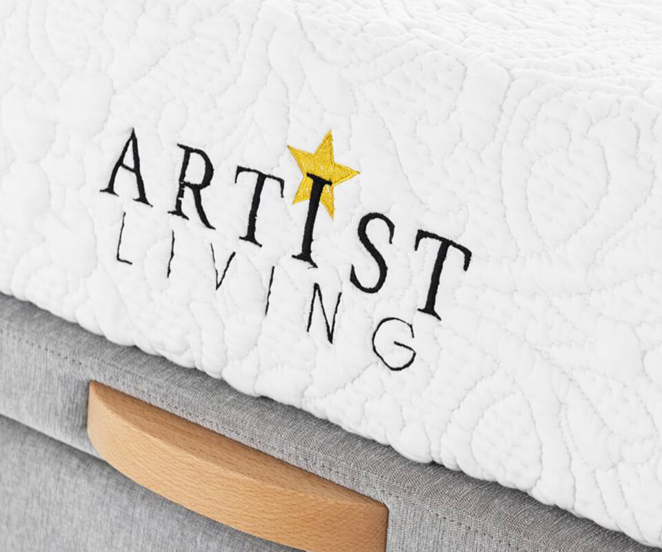 artist-living-about-us-01